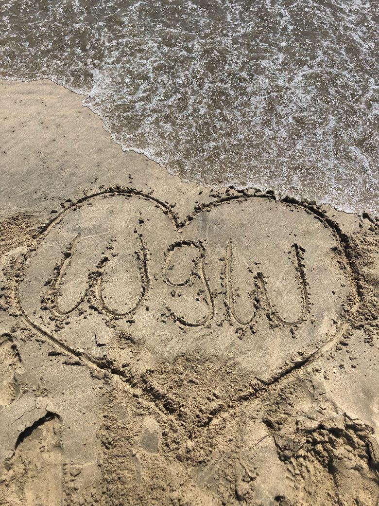 WhereGalsWander Dockweiler Beach, California