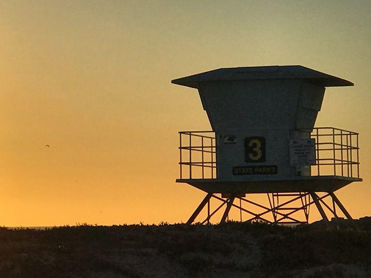 WhereGalsWander Sunset Ventura Beach