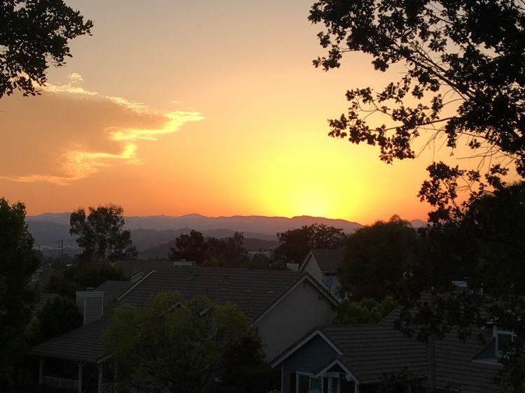 Sunset Santa Clarita, California WhereGalsWander