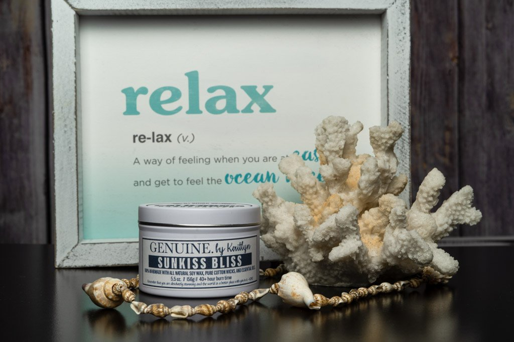 Sunkiss Bliss is a fresh summer scent that instantly takes you to the pristine beaches of California. The element of the blossoming cacti and the sea salt combine to form an unforgettable experience and a portable vacation.