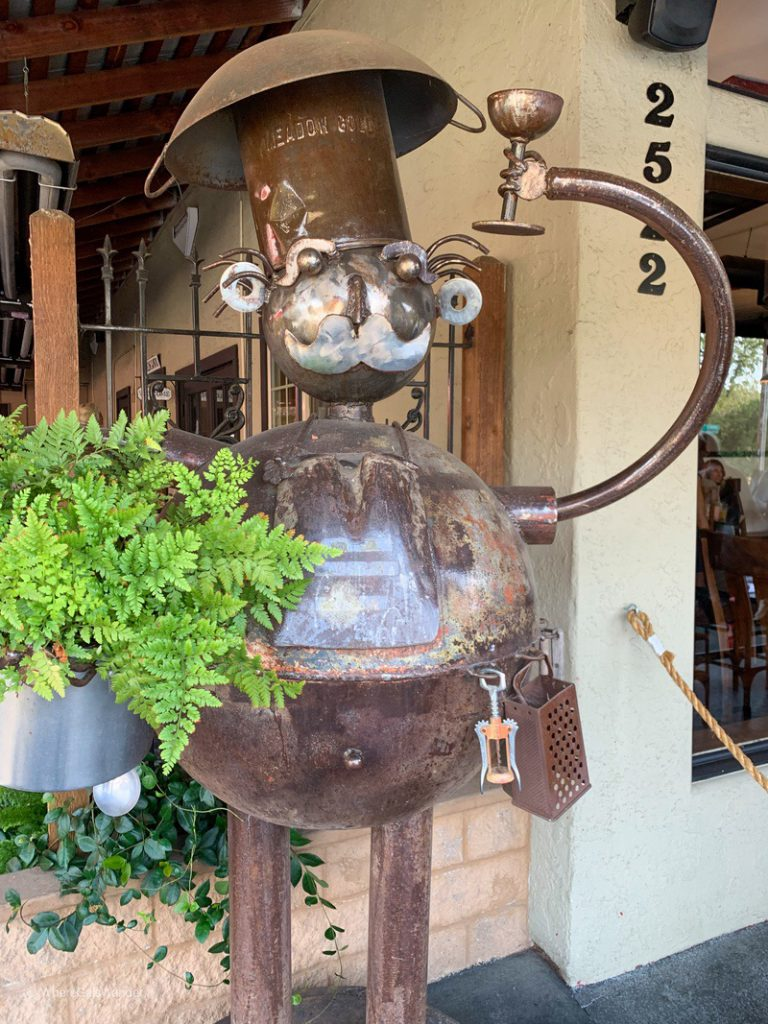 Fairfield, California Mankas Grill WhereGalsWander.com